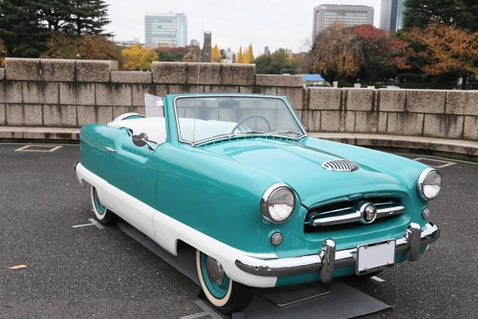 New Milford Gets Ready For Cruise Nights - Milford cruise in car show