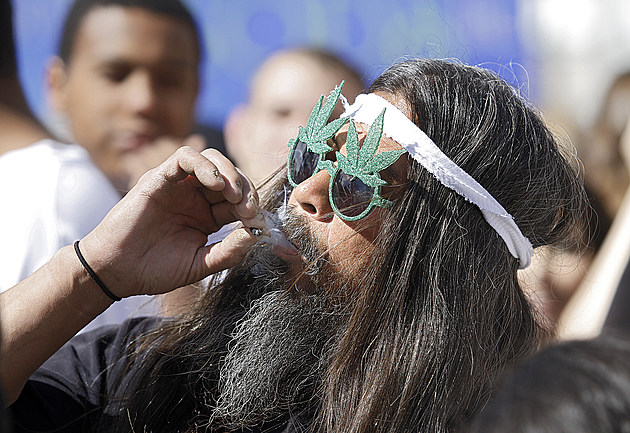 Coloradoan's Celebrate 4/20 With Marijuana Smokeout
