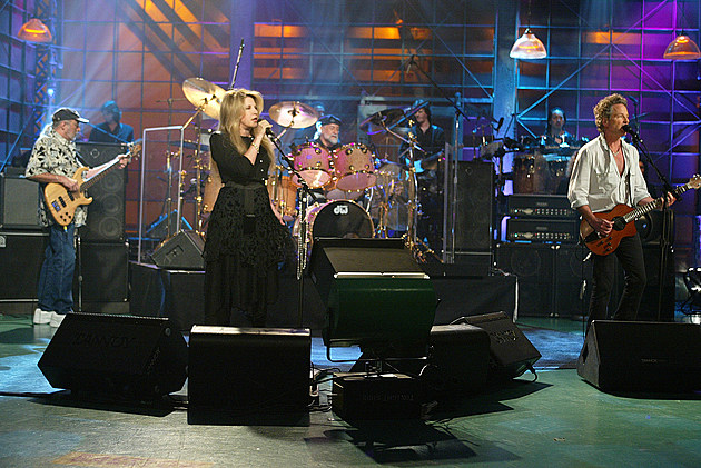 Fleetwood Mac Performs on The Tonight Show with Jay Leno