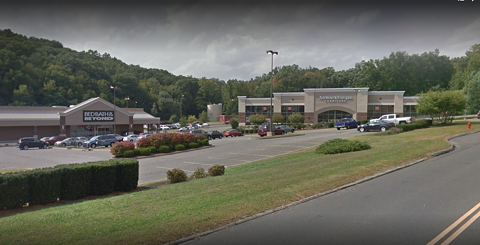 This Greater Danbury Store Will Take Your Toys \'R\' Us Gift Cards